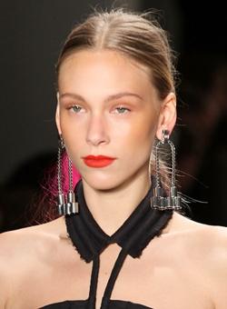 Fall Makeup Trends 2010